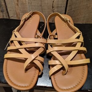 Franco Sarto Gilligan mustard yellow sandals 8.5